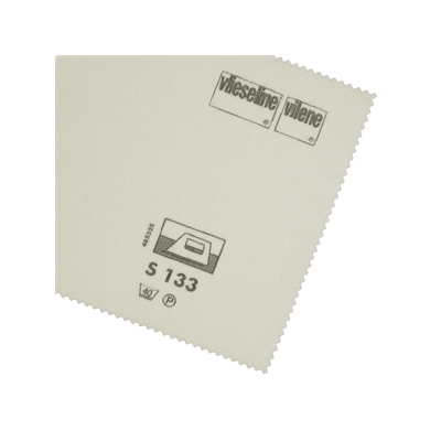 Vlieseline / Vilene Iron-on Buckram S133 - White - 45cm