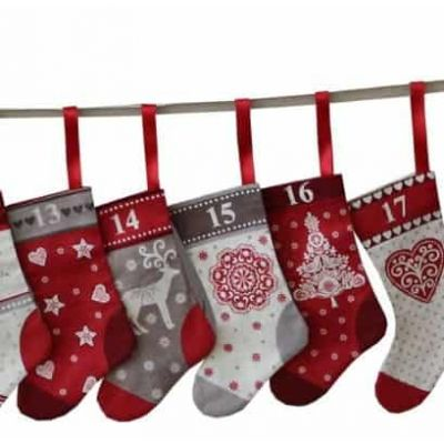 Makower Free Craft Pattern - Scandi Mini Stocking Advent Bunting Instructions
