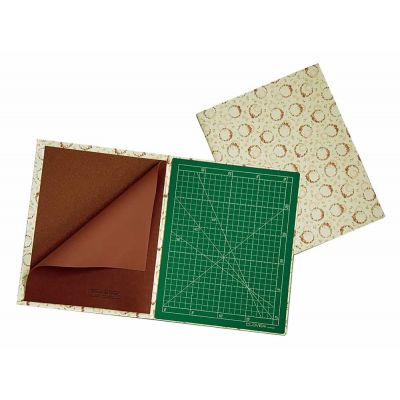 Clover Cutting Mat & Ironing Board Case 48cm x 30cm