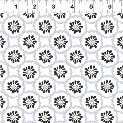 Clothworks - Lilliana - Flower Circle White