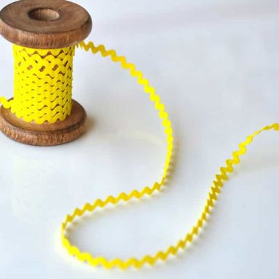 8mm Ric Rac Trim Yellow