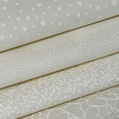 Fat Quarter Bundle: Makower Essentials White On Cream, 4  Fabrics