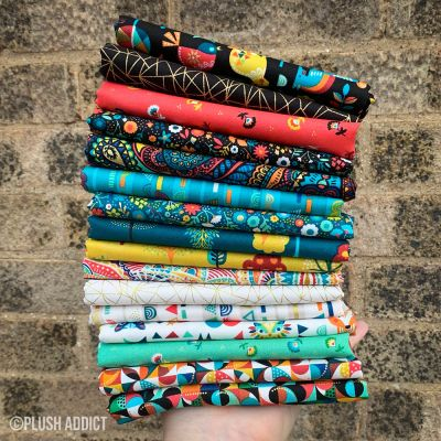 Makower - Folk Friends - Fat Quarter Bundle - 16 Fabrics