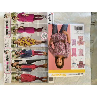 Remnant - 3 x Simplicity Patterns -AA(8,10,12,14,16 )-  End of Line