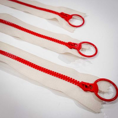 "Dual Colour No. 3 Plastic Chunky Style Zip - White / Red - 8"" / 20cm"