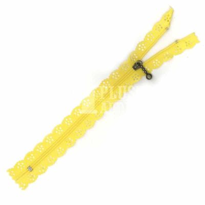 Lace Edged Zip 20cm - Canary