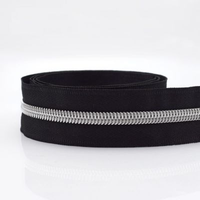 Remnant - Metal Look Nylon Silver Teeth Continuous Zip - Black - No Pull- 1m LENGTH