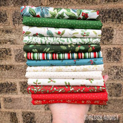 Makower - Yuletide - Fat Quarter Bundle - 14 Fabrics