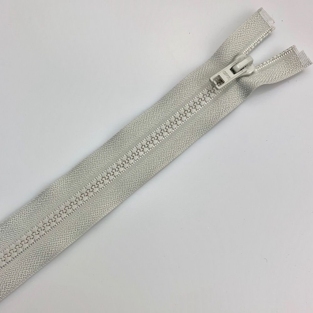 Chunky Open Ended Zip Light Grey