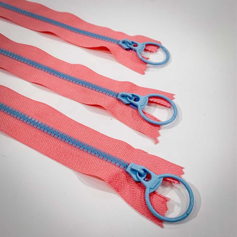 Dual Colour No. 3 Plastic Chunky Style Zip - Pink / Pale Blue - 6