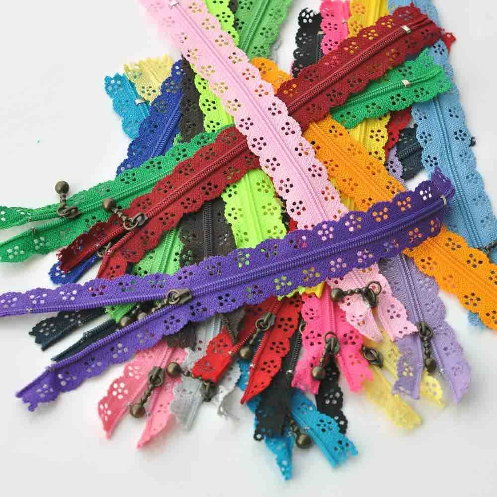 Lace Edged Zips With Metal Teeth + Fancy Puller 20cm Long - 24 Colours