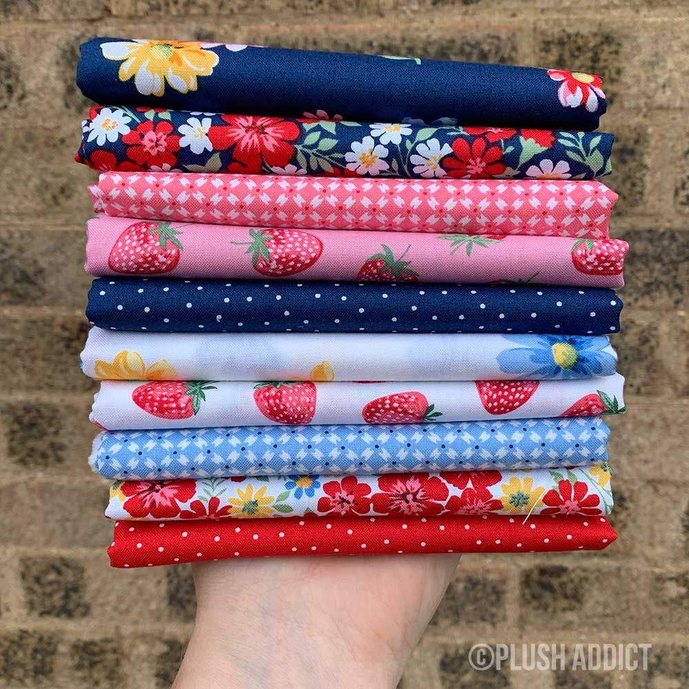 Fat Quarter Bundle: Strawberry Jam, 9 Fabrics