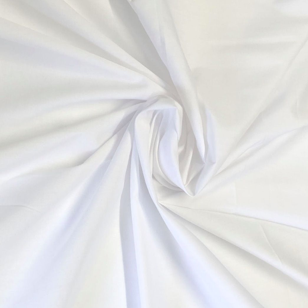 Remnant -Plain Polycotton White - 145cm x 110cm - Creased
